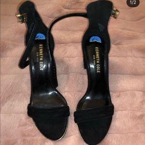Kenneth Cole 6 1/2 black heel embroidered heels.
